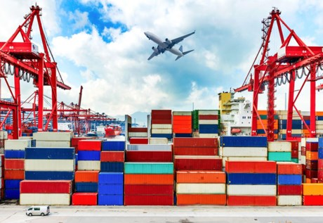 Octobre: Le Vietnam réalise un excédent commercial de 2,18 milliards de dollars