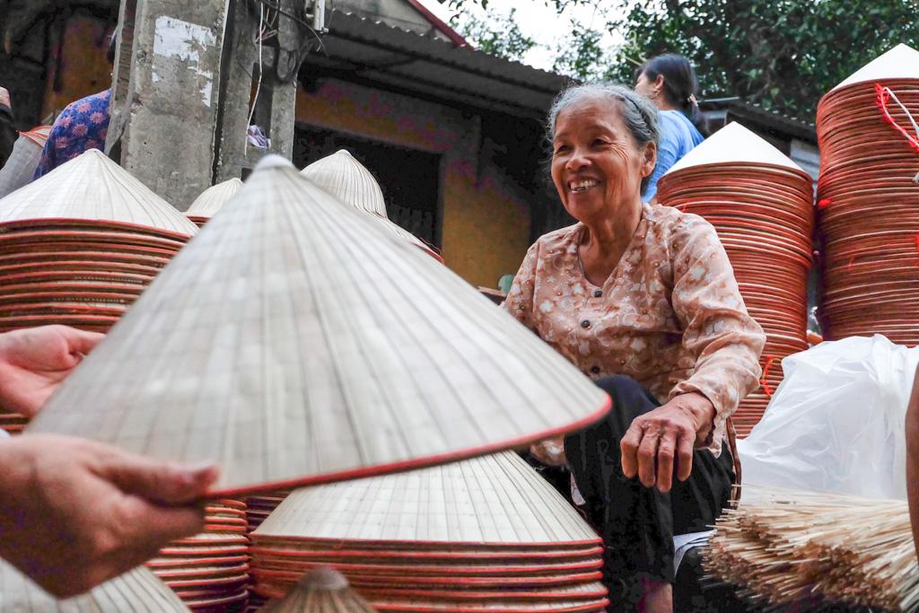 Chuông, le village  des chapeaux coniques