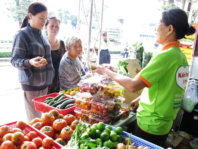Hô Chi Minh-Ville: 220 entreprises à la foire Hi-tech Agro 2017