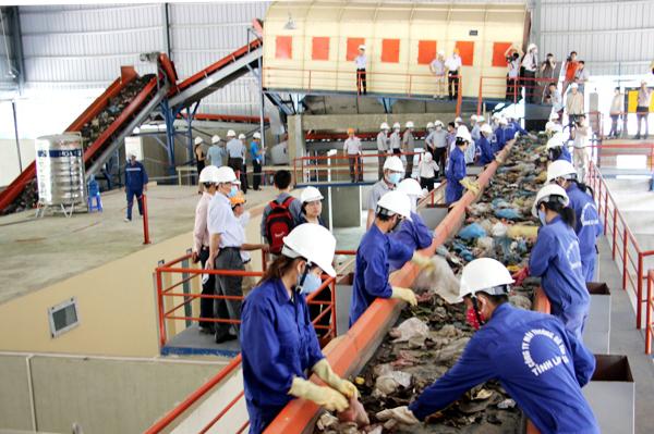 Valorisation énergétique des déchets: démarrage d'un projet de 33 millions de dollars à Hanoi