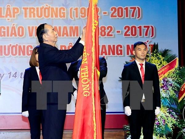 L'Université médicale de Hanoi doit intensifier la recherche scientifique