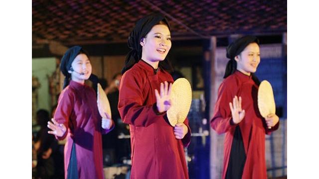 Le « hat xoan » et « bài choi » proposés aux patrimoines culturels immatériels de l'humanité