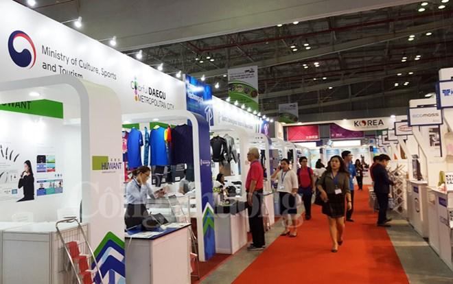 Ouverture de Vietnam Expo 2017 et Vietnam Hardware & Hand Tools Expo 2017 à Hô Chi Minh-Ville
