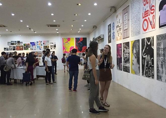 Ho Chi Minh-Ville: exposition d'arts graphiques de 50 pays