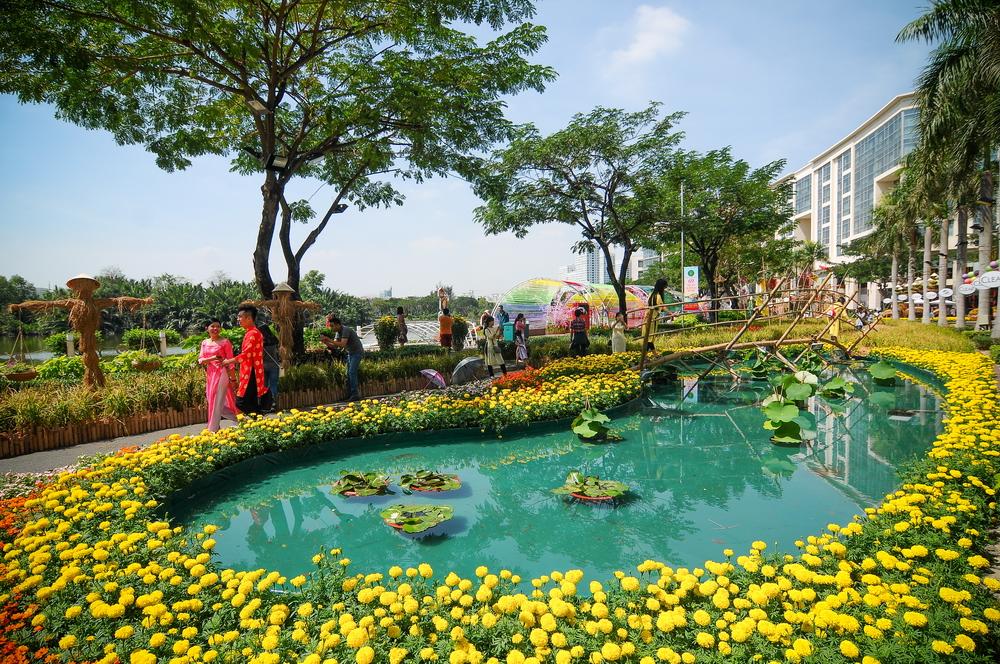 Hô Chi Minh-Ville : des foires aux fleurs pour accueillir le Têt