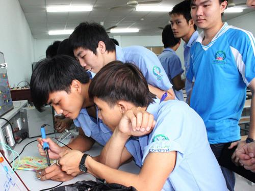 Vietnam et Royaume-Uni renforcent la coopération dans l'éducation