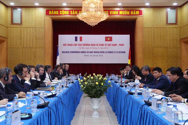 Dialogue économique Vietnam-France de haut niveau  à Hanoi