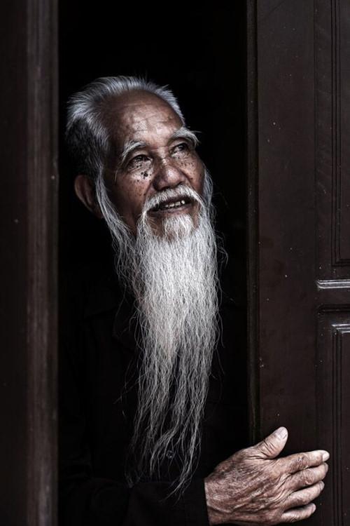 """""""Patrimoines inestimables"""" - À la découverte des peuples et des diverses cultures du Vietnam"""