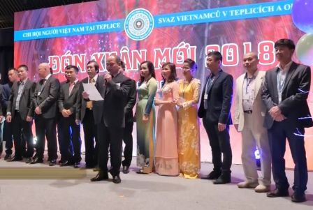 Présentation du Comité exécutif du mandat 2017-2021 de l'Association des Vietnamiens à Teplice