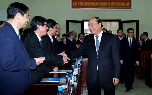 Le Premier ministre Nguyên Xuân Phuc en déplacement à  Thua Thiên- Huê