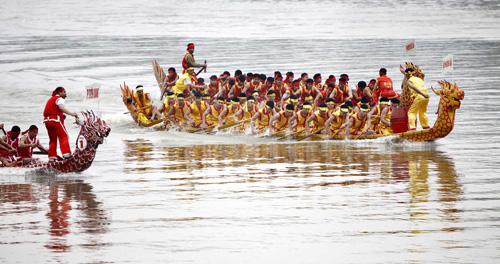 Fêtes folkloriques et développement touristique