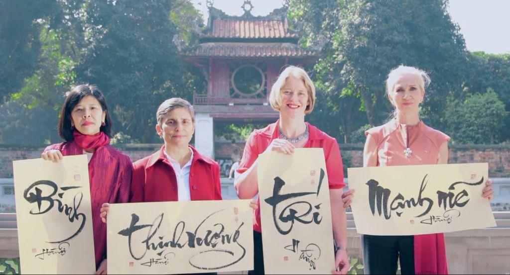 Quatre ambassadrices adressent leurs meilleurs vœux du Têt du Chien aux Vietnamiens