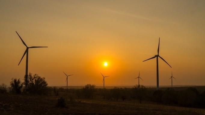 Une compagnie thaïlandaise investit 1,76 milliard de dollars pour construire des parcs éoliens au Vietnam