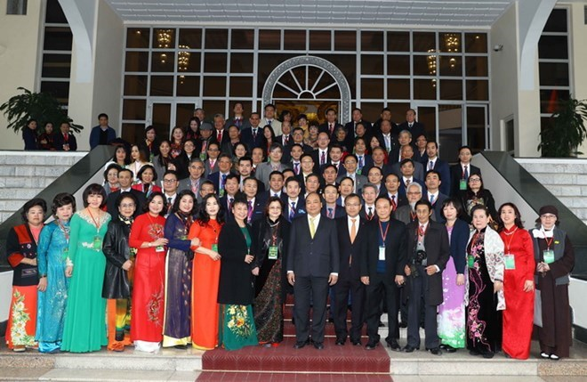 Le Premier ministre reçoit des «Viet kieu»