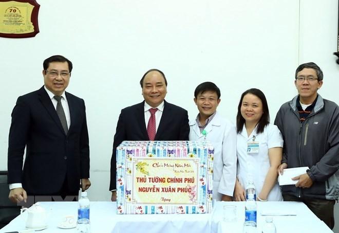 Le Premier ministre Nguyen Xuan Phuc visite l