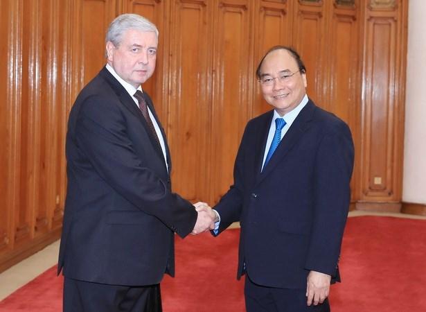 Le Premier ministre reçoit des responsables biélorusse et sud-coréen