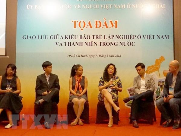 Dialogue avec les jeunes Viêt kiêu à Hô Chi Minh-Ville