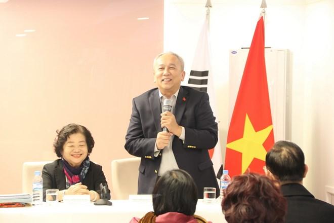 Le Fonds des bourses d'études Vu A Dinh rencontre les Vietnamiens résidant en R. de Corée