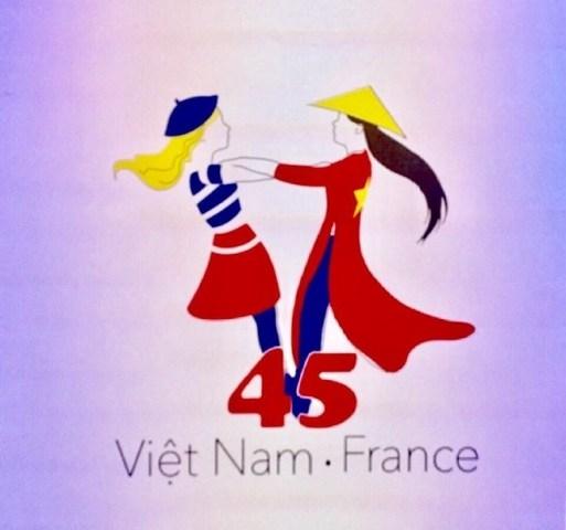 De nombreuses activités pour célébrer les 45 ans de relations diplomatiques Vietnam - France