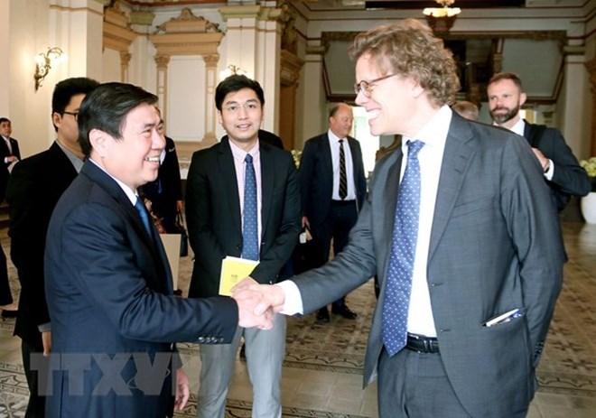 Les entreprises suédoises cherchent des opportunités d'affaires à Ho Chi Minh-Ville