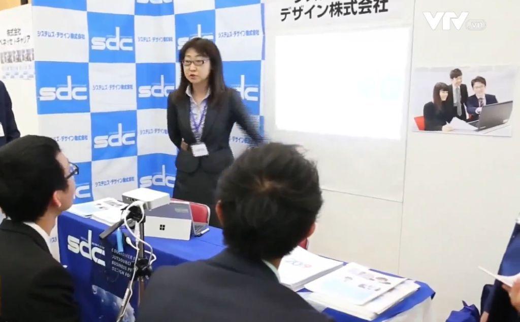 Foire de l'emploi à Tokyo: des opportunités pour les étudiants vietnamiens
