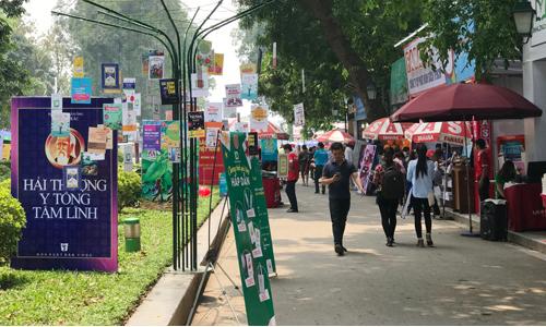 Salon du livre de Hanoi 2018: 11 milliards de dongs de recettes
