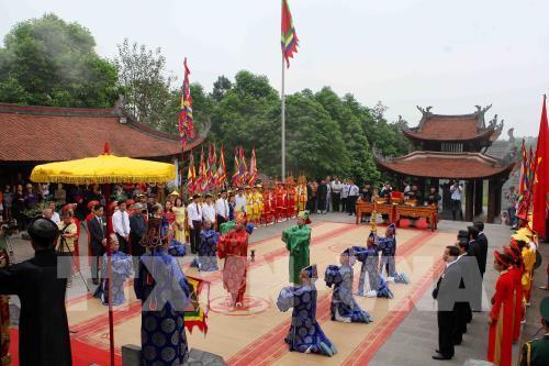 Ouverture de la fête des rois Hùng 2018