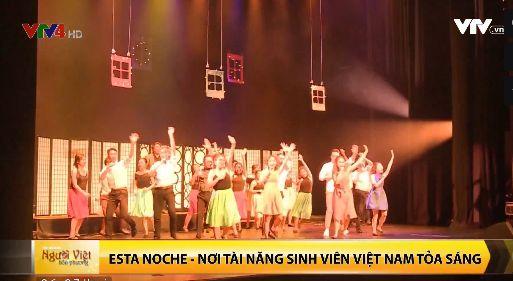 Singapour: succès du spectacle annuel des étudiants vietnamiens de l
