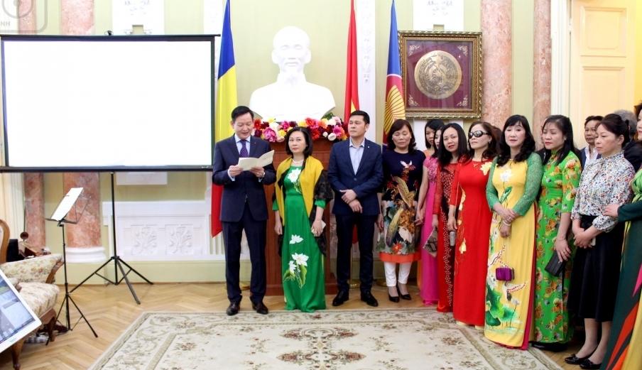 Le nombre de travailleurs vietnamiens en Roumanie enregistre une forte augmentation