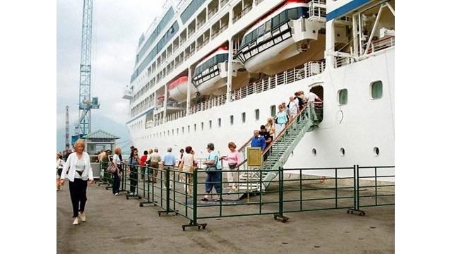 Vietnam et Singapour coopèrent dans le tourisme de croisières