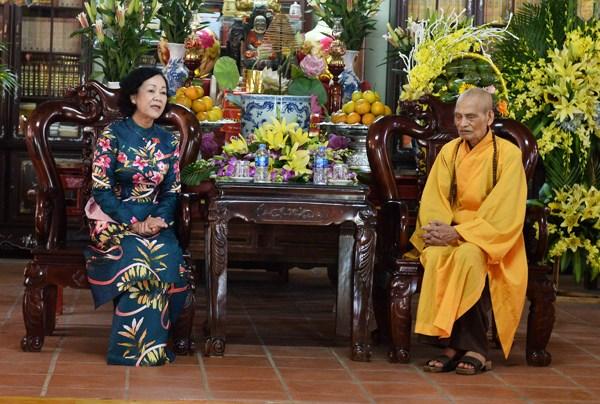Félicitations au vénérable Thich Phô Tuê à l'occasion du 2562e anniversaire de Bouddha