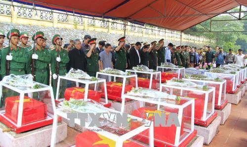 Inhumation des restes de soldats tombés au Laos et au Cambodge