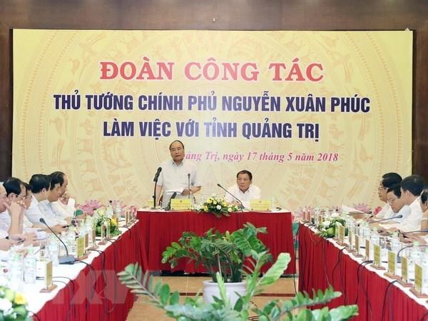 Le Premier ministre exhorte Quang Tri à instaurer une gouvernance bénéfique à la population et aux entreprises