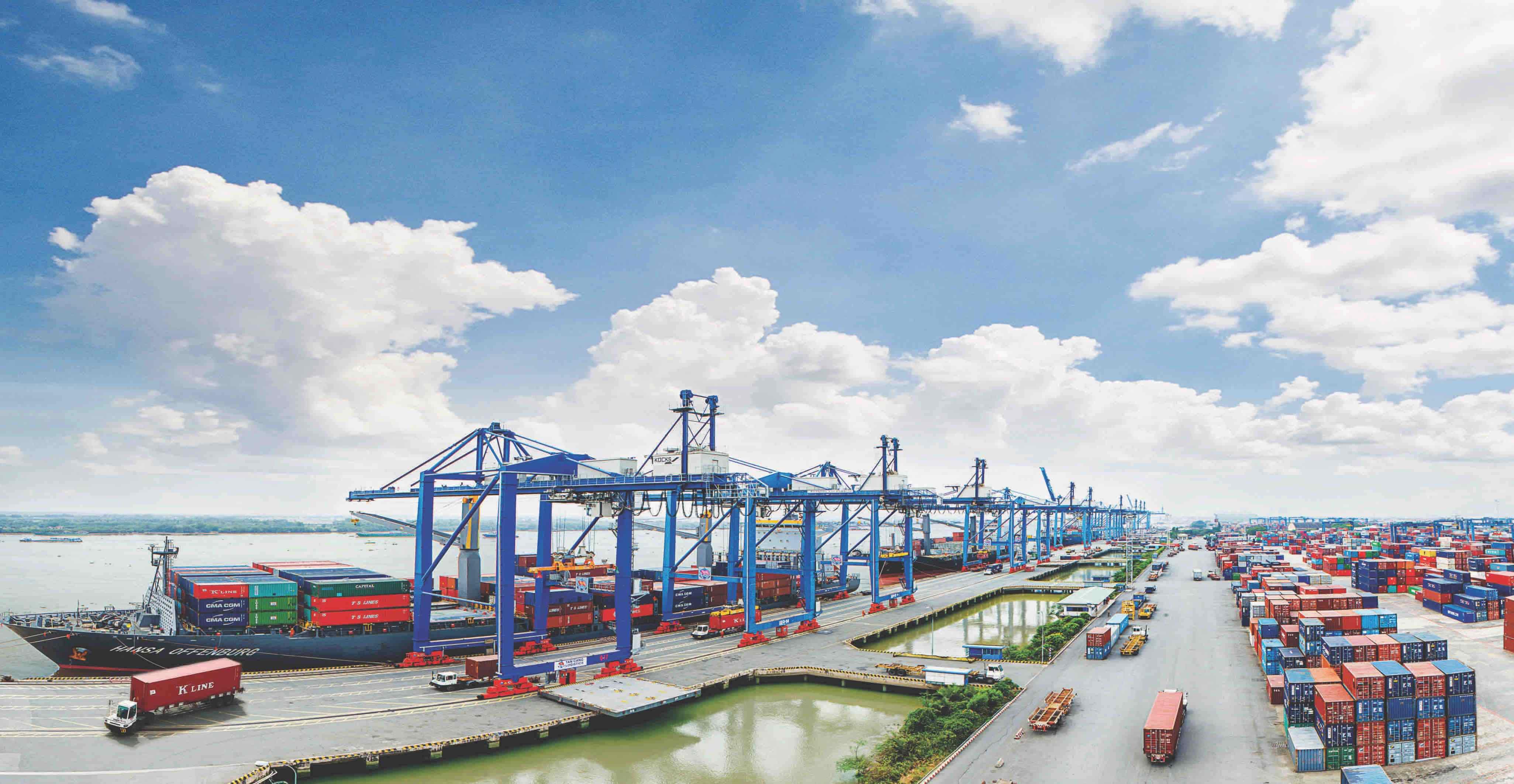 Le Vietnam réalise un excédent commercial de 45 milliards de dollars avec les pays du G7