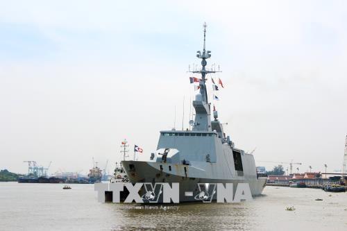 Des navires francais en visite à Ho Chi Minh-Ville
