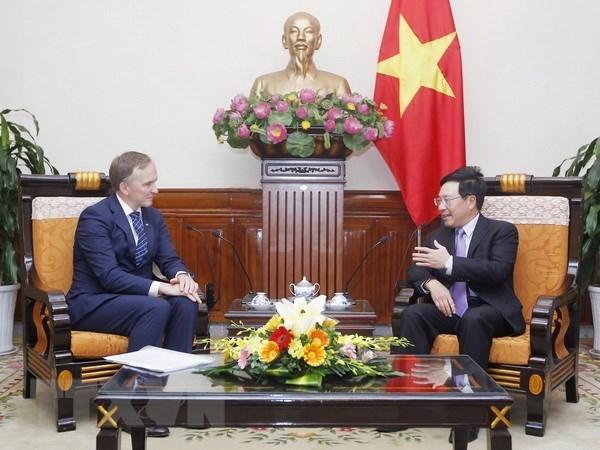 Le Vietnam renforce ses liens d