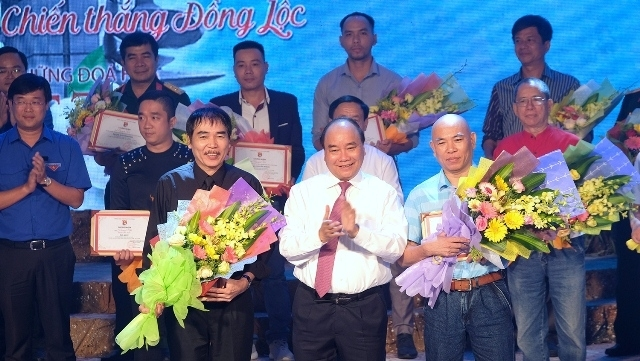 Remise des prix du concours de chanson « Les fleurs immortelles»