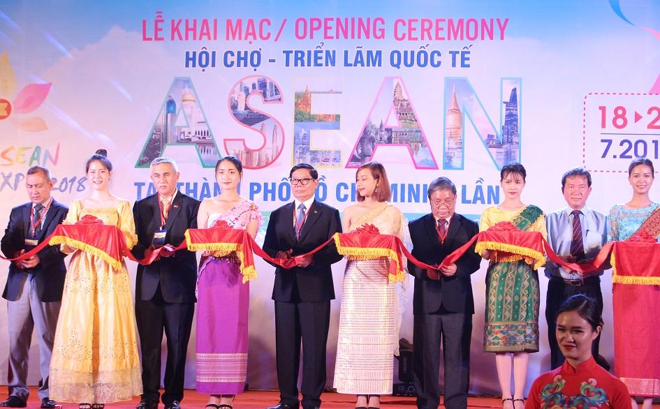 HCM-V: ouverture de l'exposition internationale de l'ASEAN