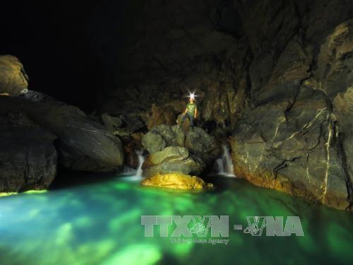 Quang Binh lance des circuits de découverte de nouvelles grottes