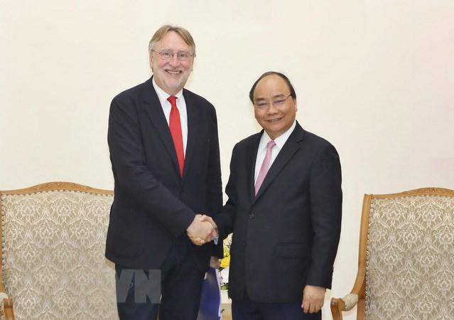 Le Premier ministre Nguyen Xuan Phuc reçoit le président de l