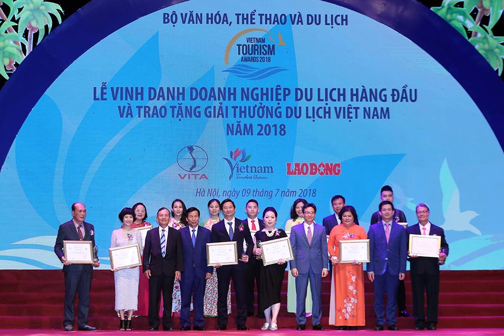 Remise du prix du tourisme du Vietnam 2018