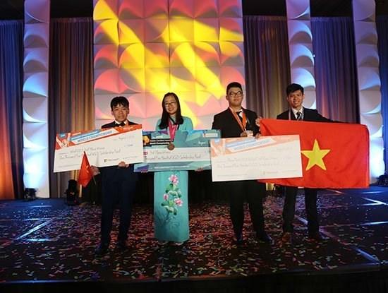 Championnats mondiaux de l'informatique et de design: le Vietnam remporte trois bronzes