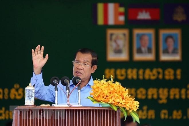 Cambodge: Hun Sen rencontre les dirigeants des partis politiques