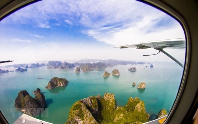 Le secteur touristique de Quang Ninh accueille 10 millions de visiteurs depuis janvier