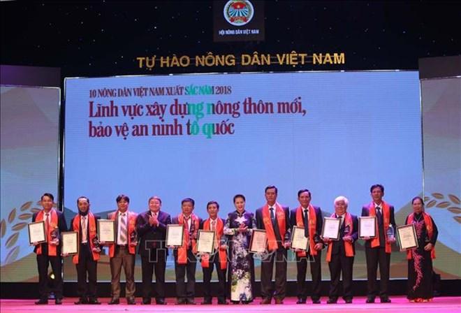 Vietnam: 63 paysans exemplaires mis à l'honneur en 2018