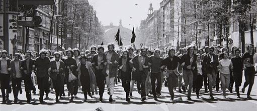 Réunification allemande: une célèbre photographe allemande expose à Hanoi