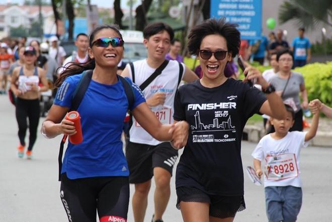 Plus de 10.000 personnes participent à la Fund Run for Charity à Hô Chi Minh-Ville