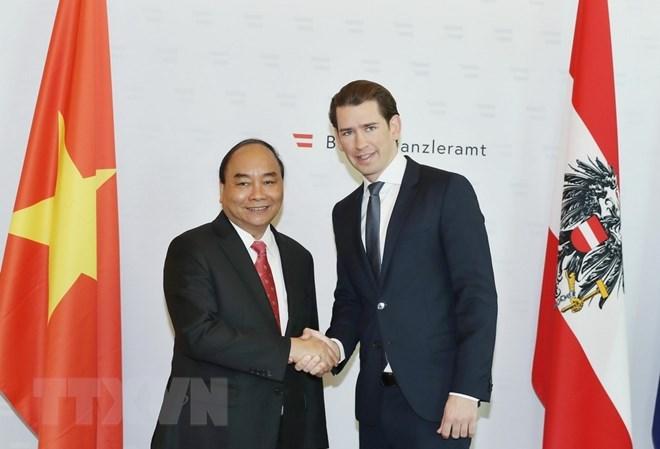 Vietnam-Autriche: entretien entre le PM Nguyên Xuân Phuc et le chancelier Sebastian Kurz
