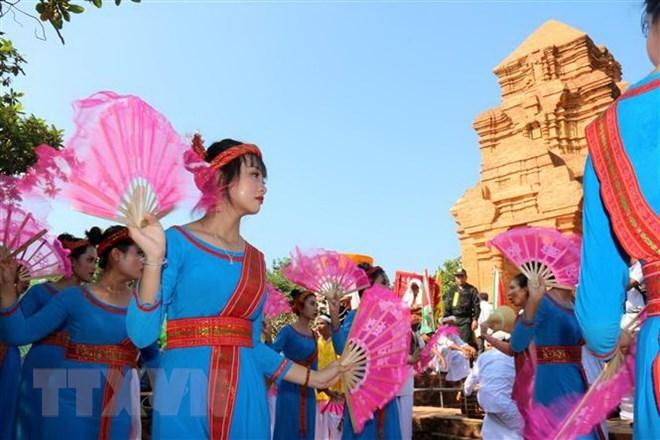 L'ethnie Cham à Binh Thuan célèbre la fête Katê