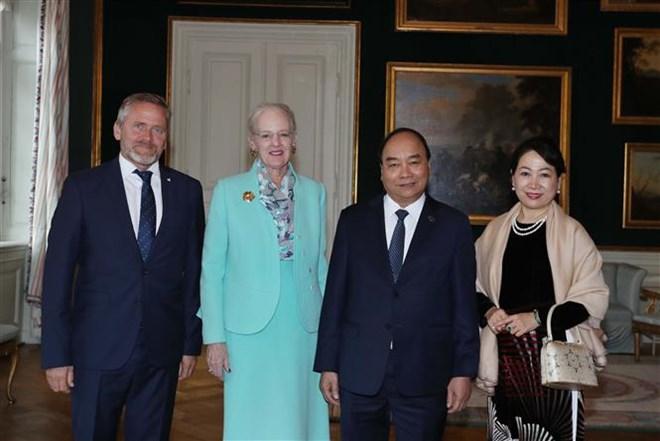 Le Premier ministre Nguyên Xuân Phuc rencontre la reine danoise